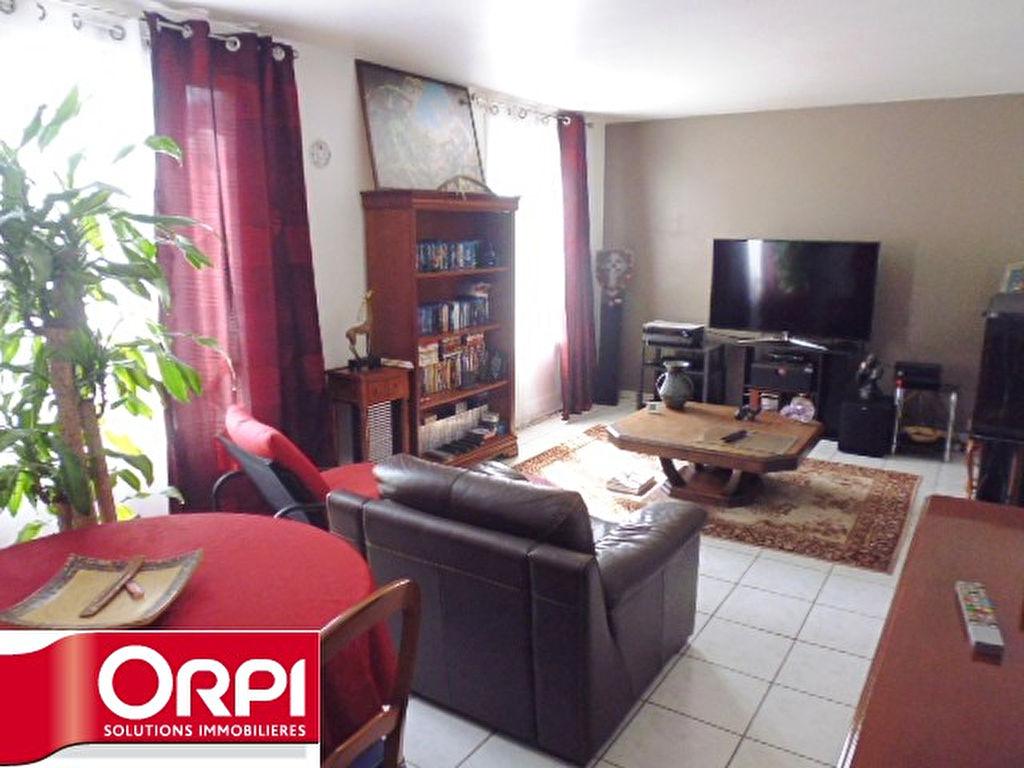 009056E0IC7P - Appartement à vendreBRIE COMTE ROBERT