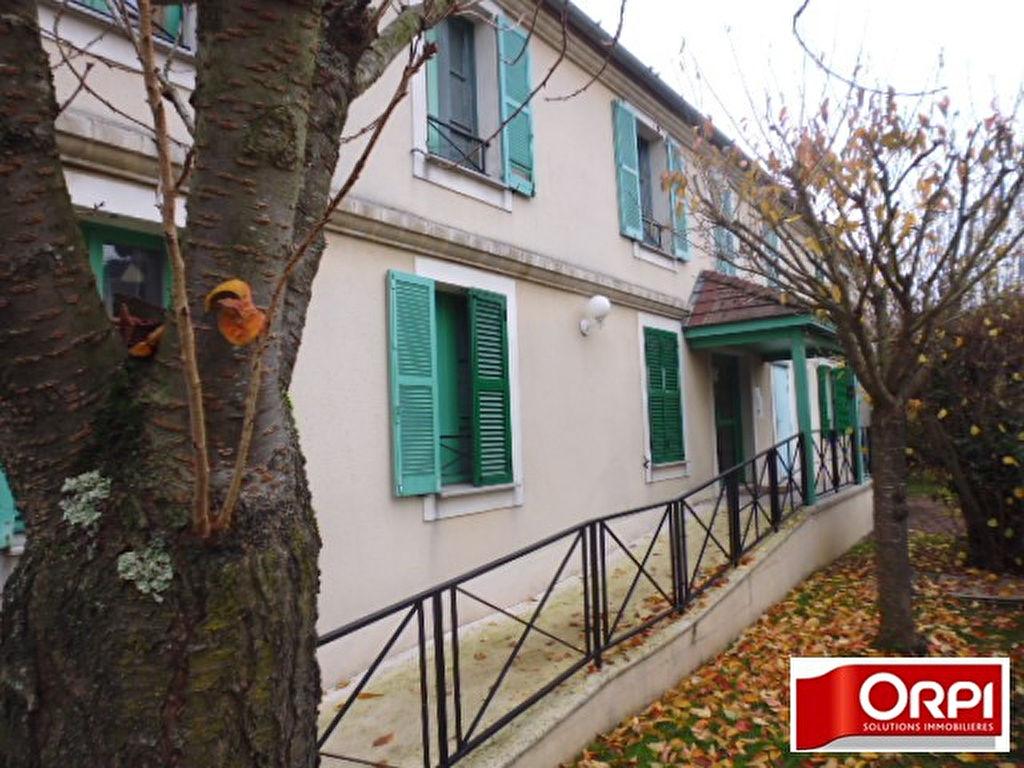 009056E0Y58L - Appartement à vendreBRIE COMTE ROBERT