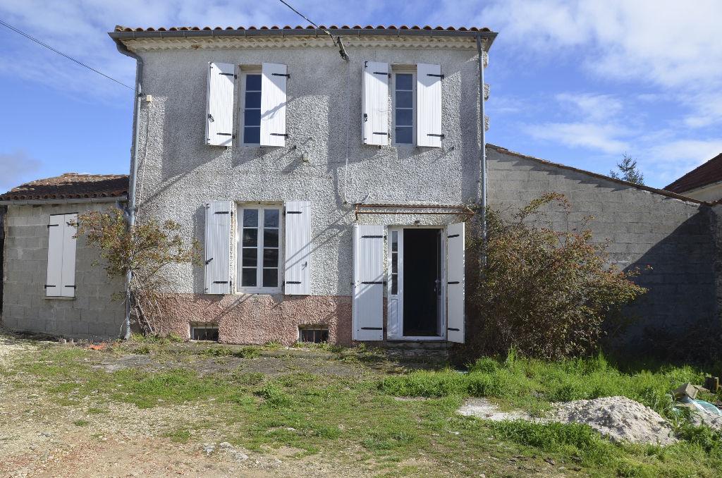 Maisons vendre mortagne sur gironde entre particuliers for Acheter maison gironde