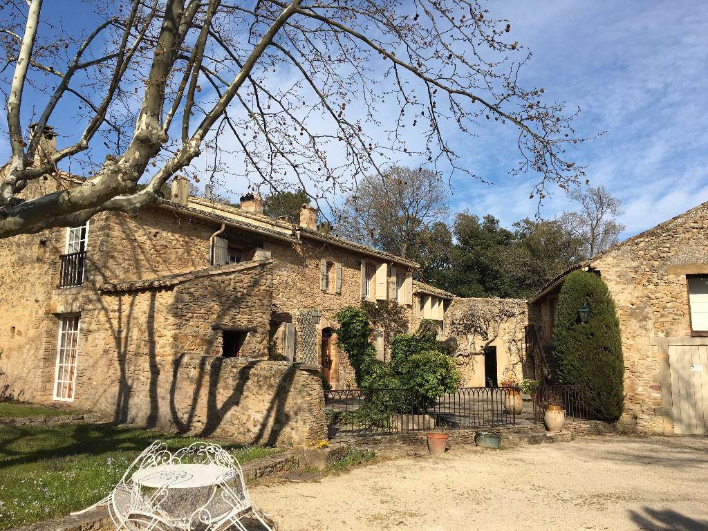 Maison 6 pièces 260 m2 Uchaux