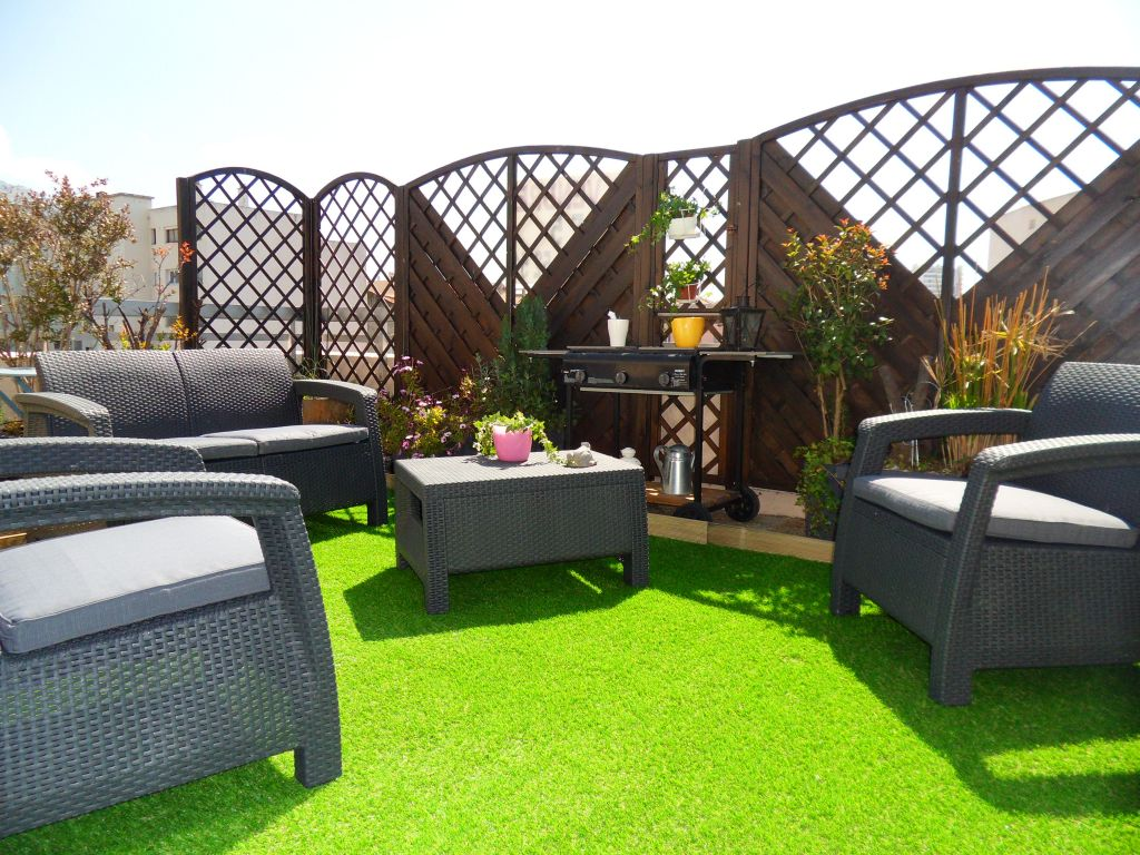 tres beau t5 toulon ouest avec de belles terrasses en dernier etage immobilier la seyne sur mer. Black Bedroom Furniture Sets. Home Design Ideas