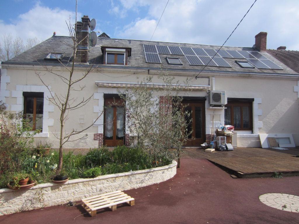 Maison 5 pièces - 4 chambres - LA VERNELLE