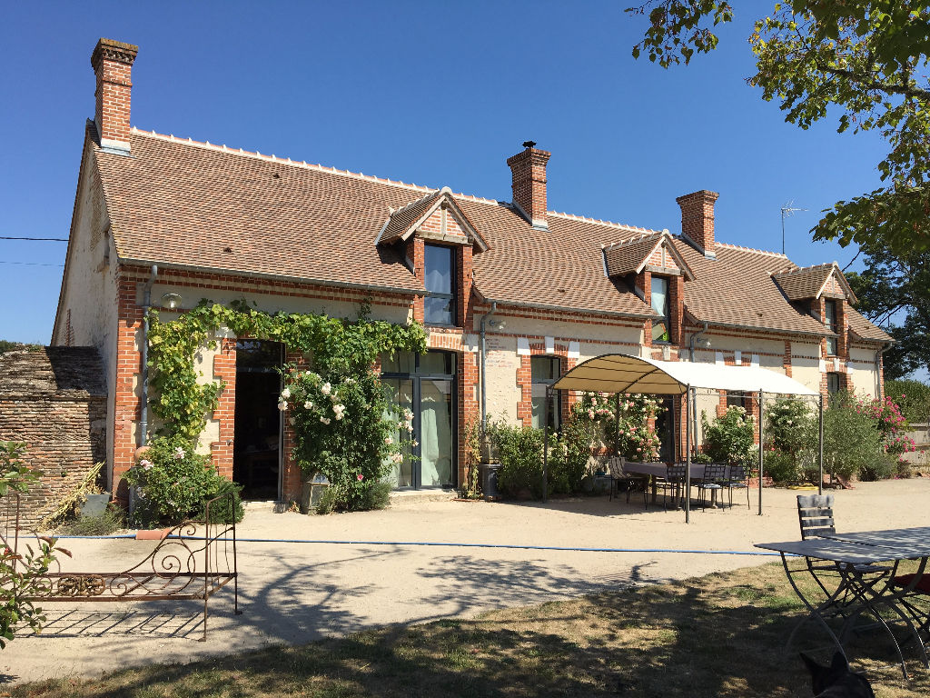 Maison 7 pièces - 5 chambres à vendre à VEILLEINS
