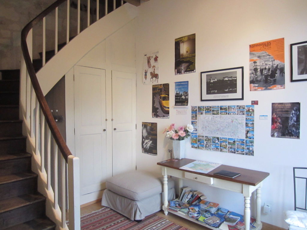 Maison à vendre - Maison bourgeoise et dépendance aménagée en plein centre de Saint-Aignan sur Cher.