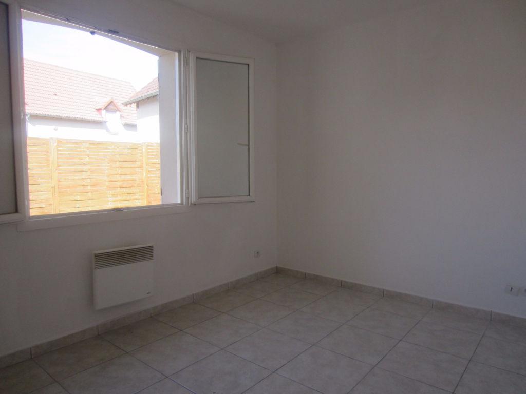 Maison à vendre - PAVILLON PLAIN PIED CENTRE CHATILLON SUR CHER
