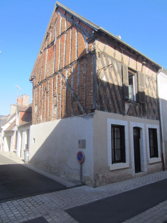 Maison à vendre - Maison centre ville à Selles sur Cher