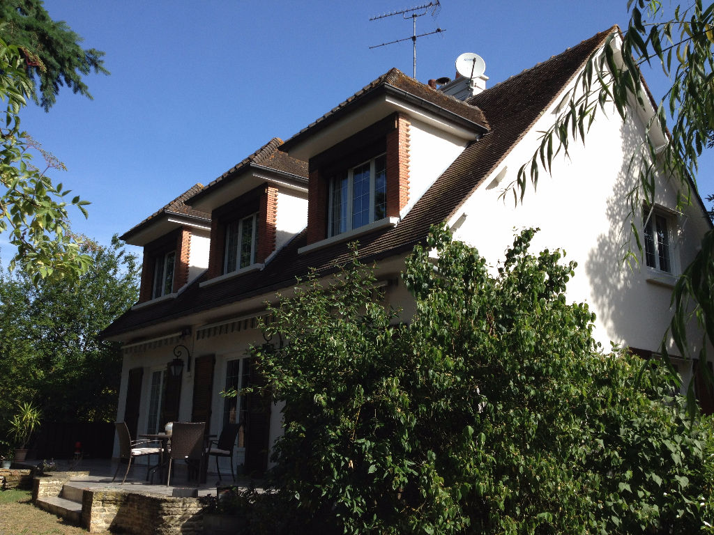 Maison 7 pièces - 3 chambres - ROMORANTIN LANTHENAY