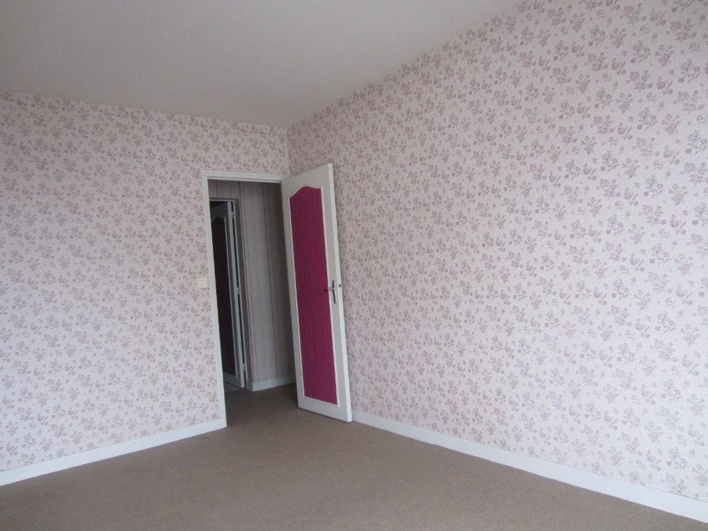 Appartement à vendre - CENTRE SELLES SUR CHER APPARTEMENT