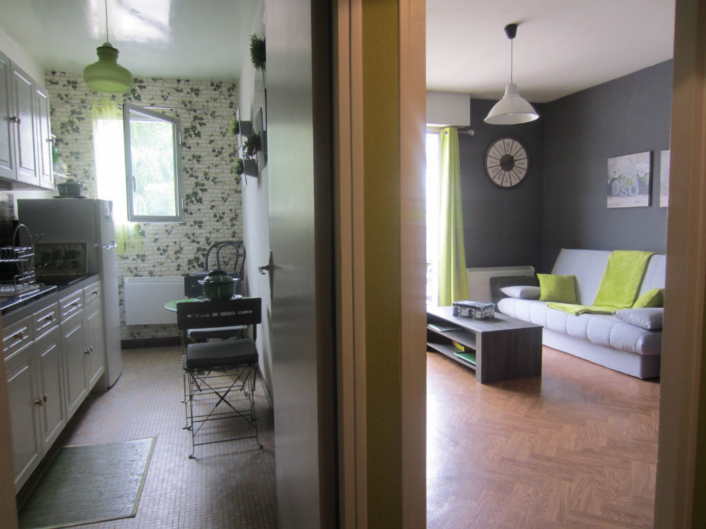 Appartement à vendre - APPARTEMENT EN PLEIN CENTRE VILLE DE SELLES SUR CHER