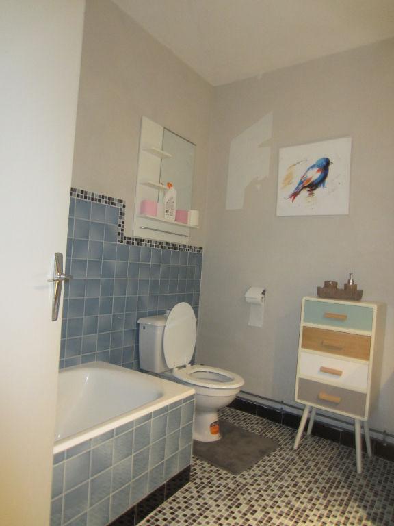 Appartement à vendre - Studio Selles sur Cher centre ville.