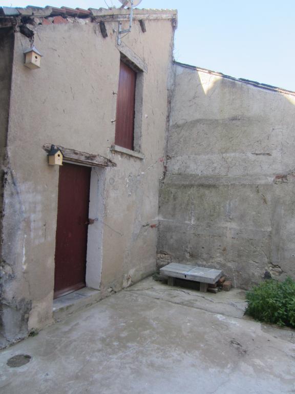 Maison à vendre - Maison  en plein centre ville de Selles sur Cher.