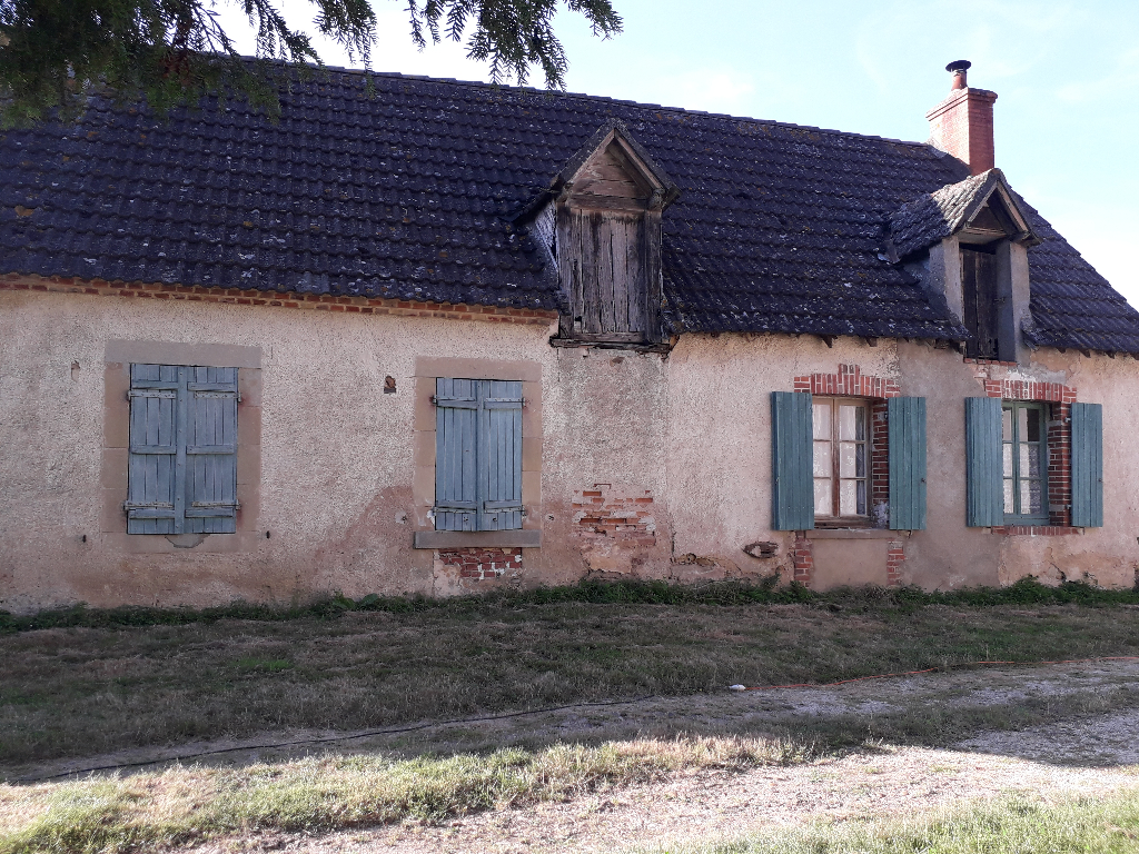 Maison 4 pièces - 2 chambres à vendre à GENOUILLY