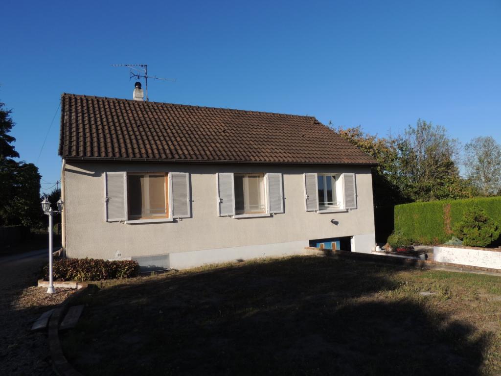 Maison à vendre - Maison proche Selles sur Cher 85 m² sur terrain de 3425 m².