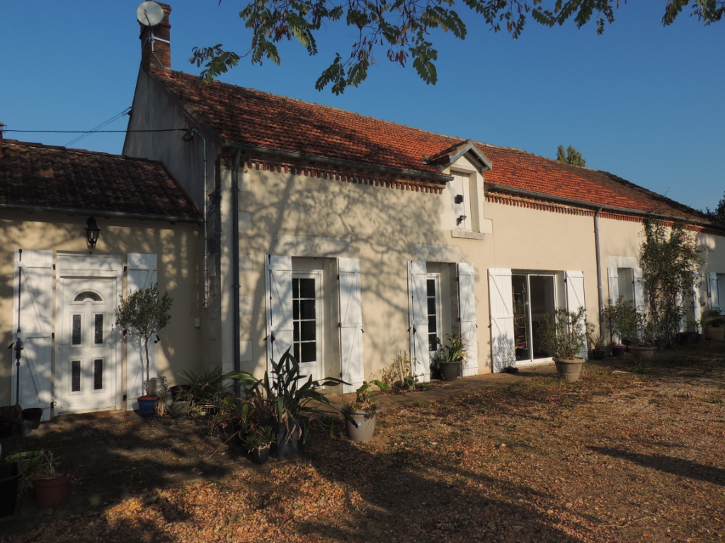 Maison 6 pièces - 4 chambres - SAINT CHRISTOPHE EN BAZELLE