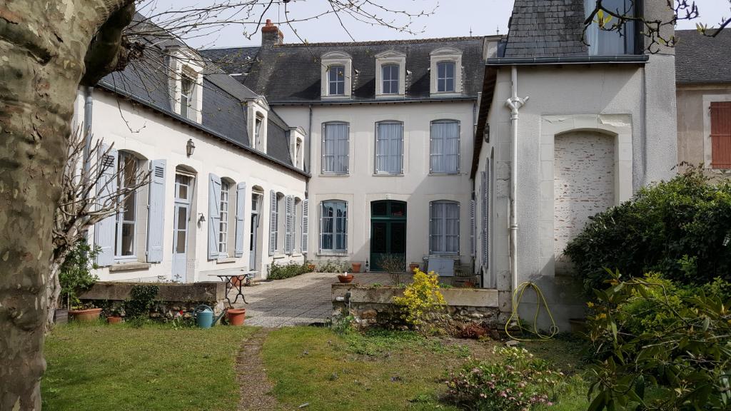 Maison 7 pièces - 4 chambres - ROMORANTIN LANTHENAY