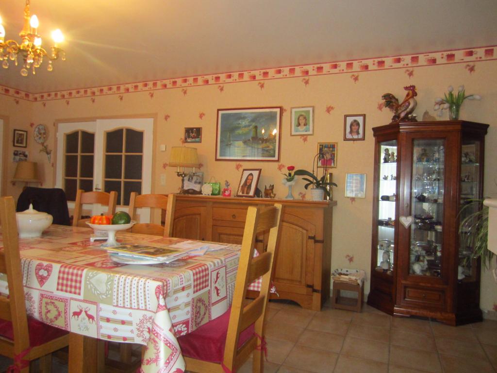Maison à vendre - Maison à 1 km du centre ville de Meusnes.