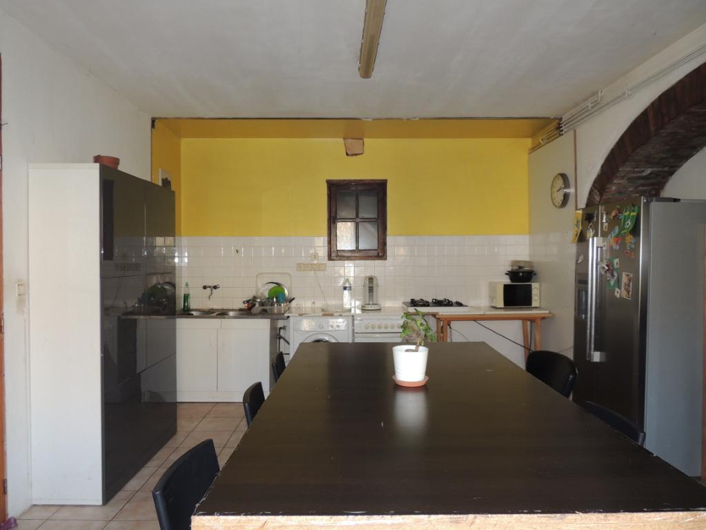 Maison à vendre - Ensemble Immobilier maison spacieuse et 2 logements locatifs.