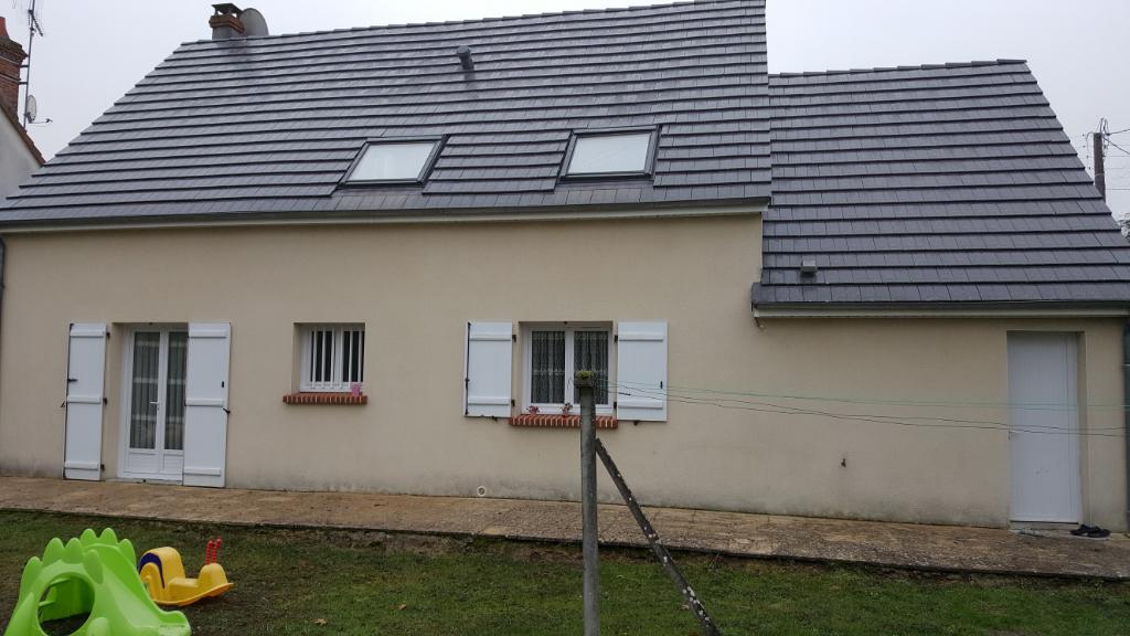 Maison à vendre - Romorantin , Maison contemporaine 4 chambres terrain 1105 m² clos