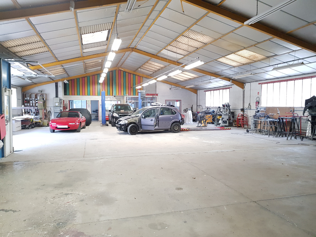 Local/bureau à vendre - Entrepôt / local industriel Villefranche Sur Cher 3 pièce(s) 550 m2