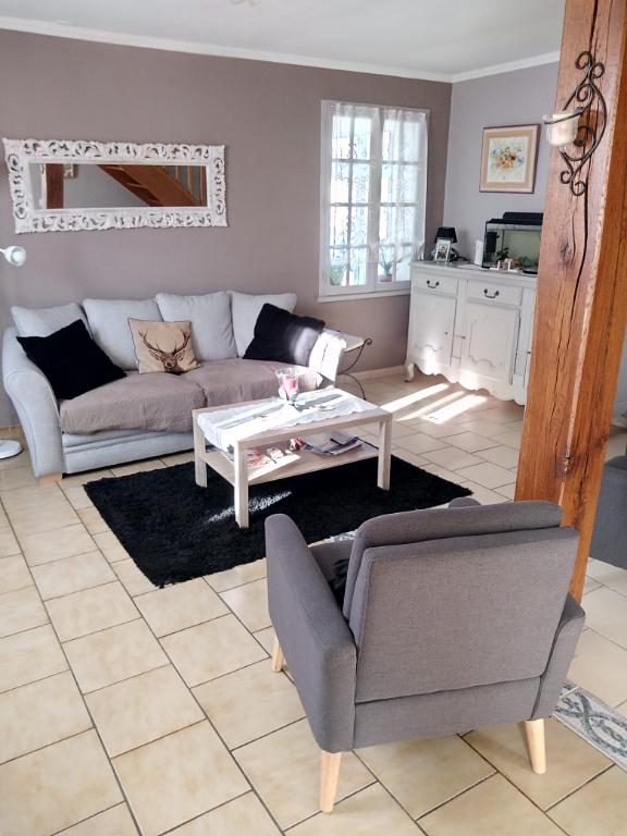 Maison à vendre - Maison de 103.9 m² dans secteur nord , Proche centre ville .