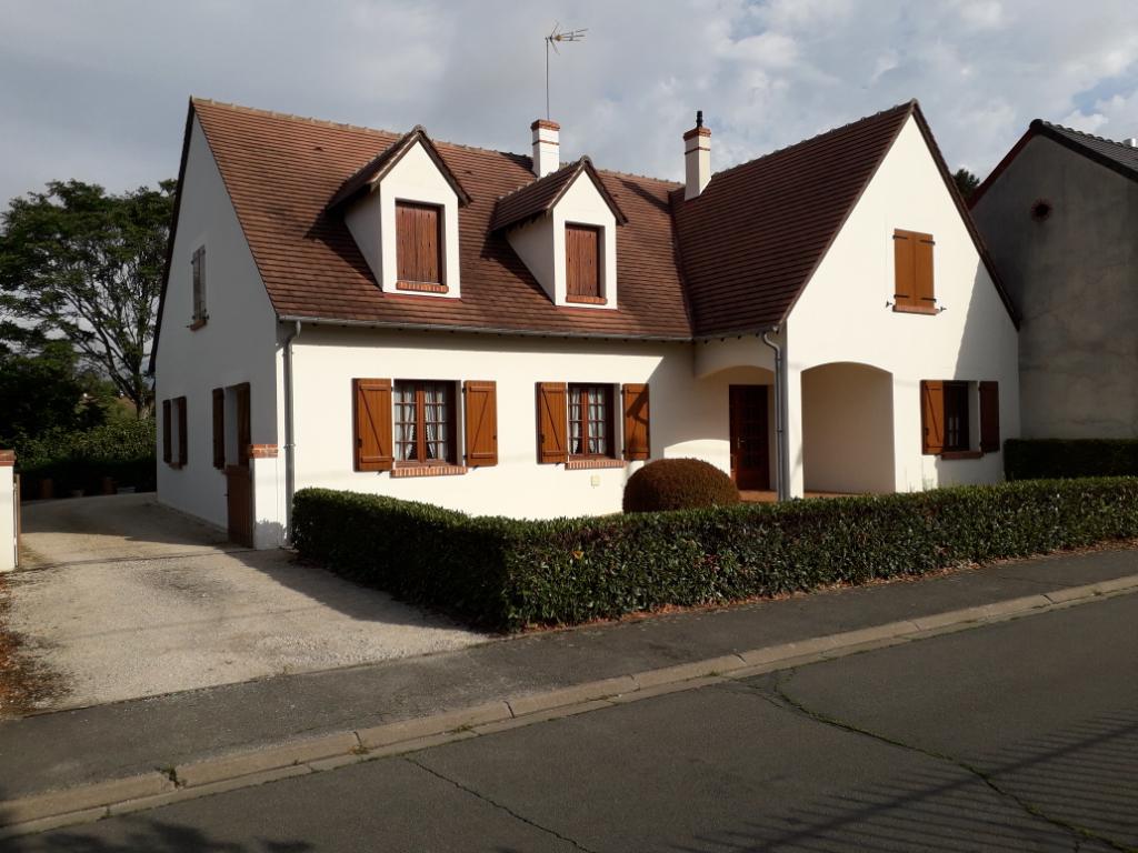 Maison 5 pièces - 4 chambres - ROMORANTIN LANTHENAY