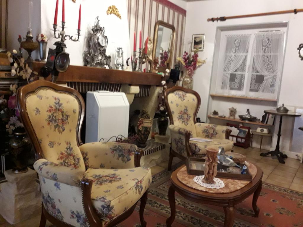 Maison à vendre - Maison située à 7 km du centre ville de Gièvres.