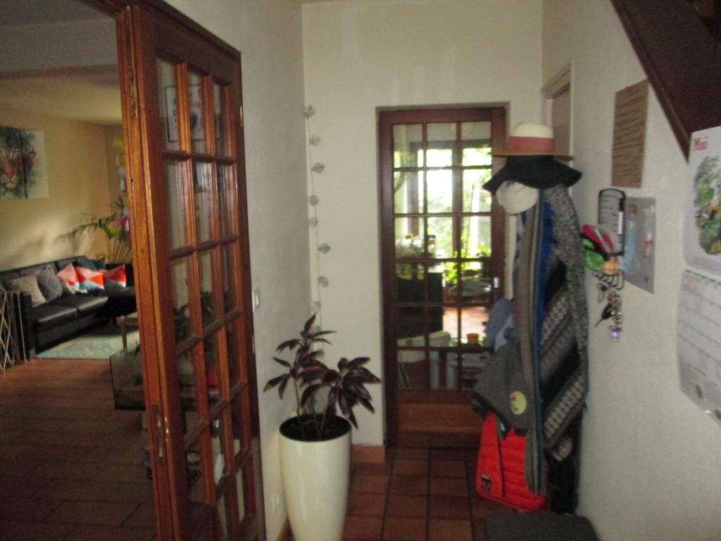 Maison à vendre - Maison - 5 pièce(s), 3 belles chambres+ jardin