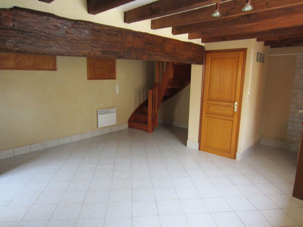 Maison 4 pièces - 3 chambres - CHABRIS